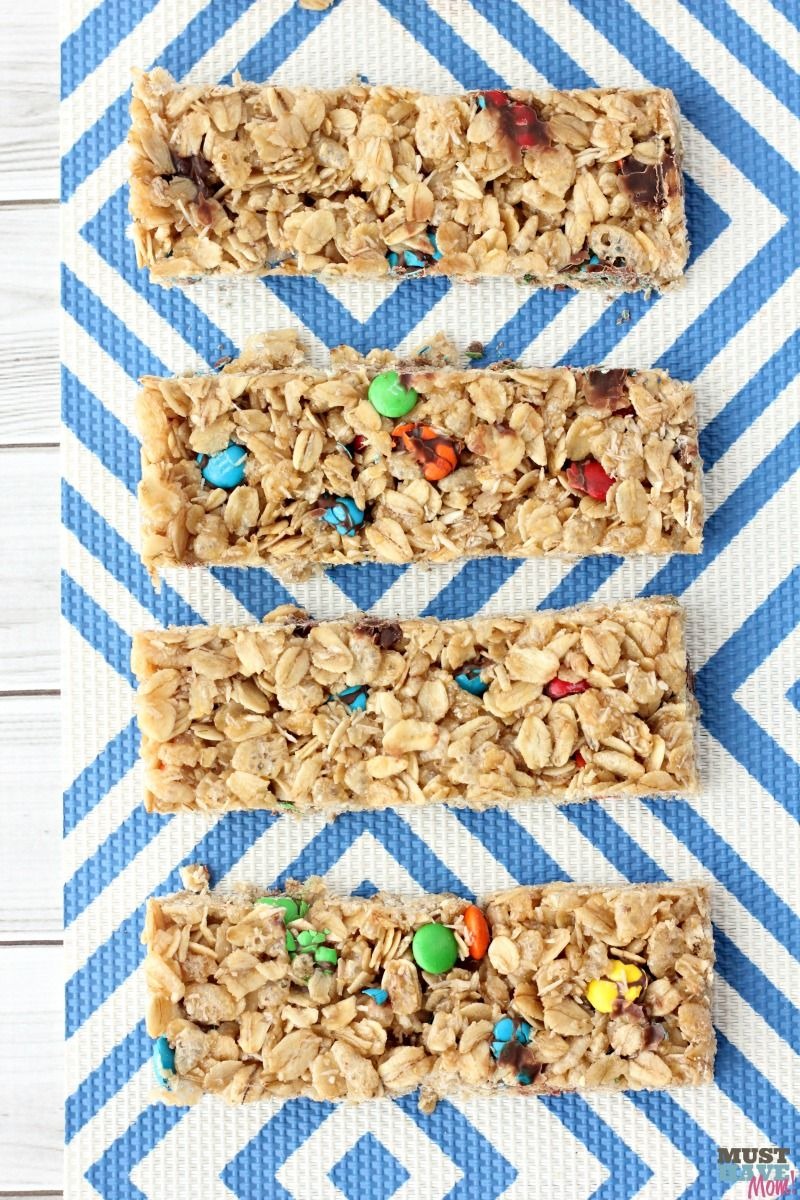 Easy Home Granola Bars by Must Have Mom