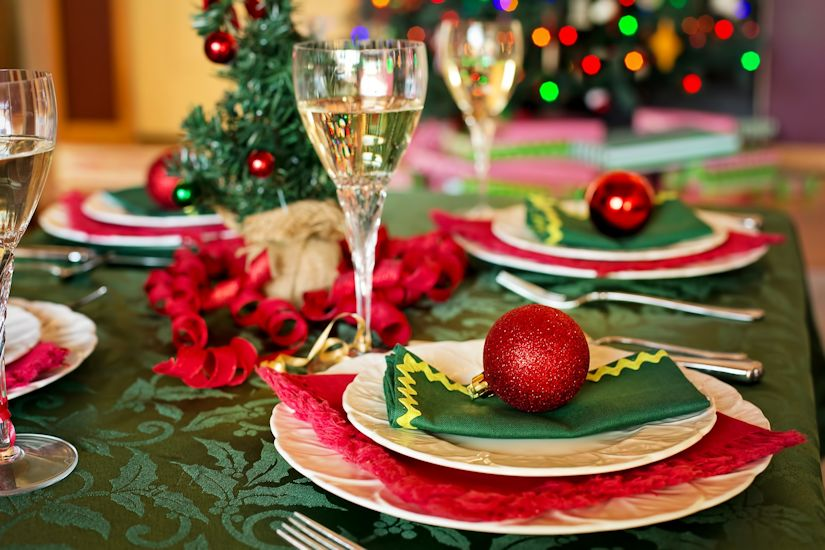 Christmas Tablescapes on a Budget
